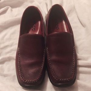 5/$20 Ecco Burgundy Loafers 37 / 6-6.5